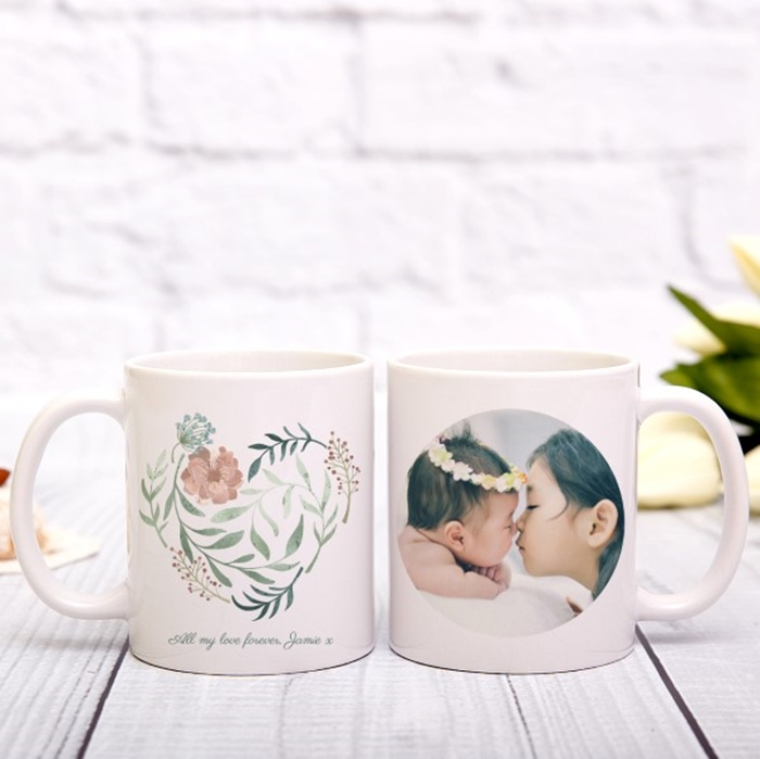 Picture of Heart in bloom personalised mug
